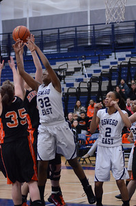 Oswego East Basketball Vs Minooka 2012 043