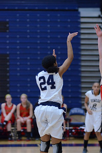 OE girls basketball Vs Batavia 2011 229