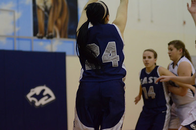 OE girls basketball Vs Plainfield So  2012 010