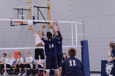 Oswego East boys volleyball Vs Plainfield Central 128