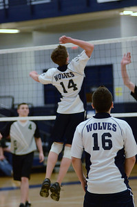 Oswego East boys volleyball Vs Plainfield Central 013