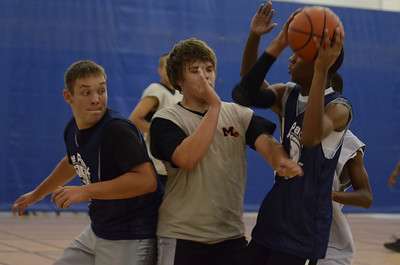 OE boys basketball summer camp 3 on 3 at Plainfield So 444