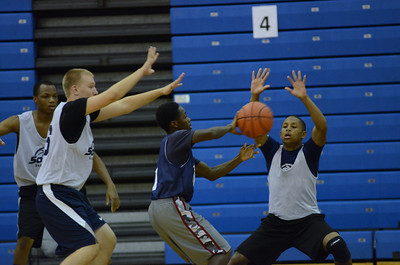 OE boys basketball summer camp 3 on 3 at Plainfield So 041