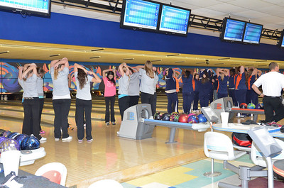 Oswego East Girls Bowling Vs Oswego 2012 022