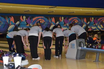 Oswego East Girls Bowling Vs Oswego 2012 024