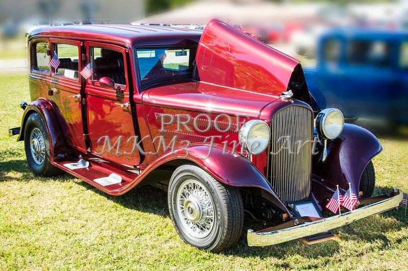 1932 Plymouth With Suicide Doors in Color 3043.02