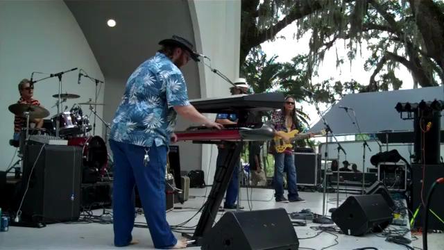 Sarasota Slim, with Chris Flowers on keyboards