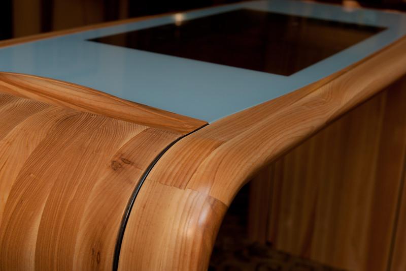 _kbd1962 2013-10-21 Table by Bespoke