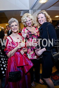 Ellen Cummings, Lisa Thompson, Elizabeth Pinkerton. Photo by Tony Powell. 2014 Radio and Television Correspondents Association Dinner. Marriott Marquis. June 12, 2014