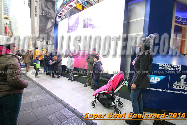00000342_NYC-SUPERBOWL-BLVD_2014