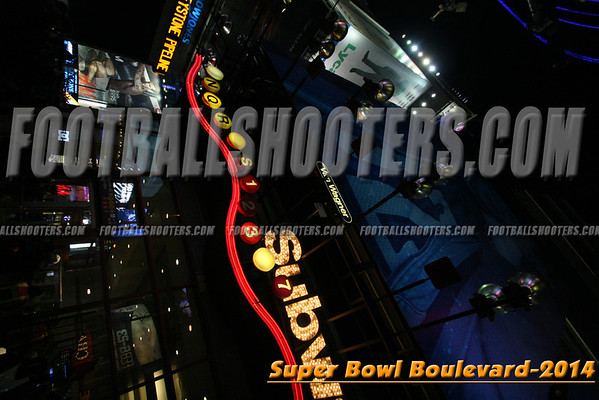 00000136_NYC-SUPERBOWL-BLVD_2014