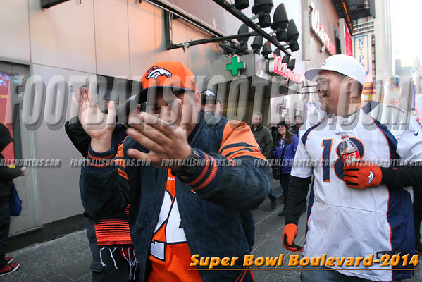 00000384_NYC-SUPERBOWL-BLVD_2014