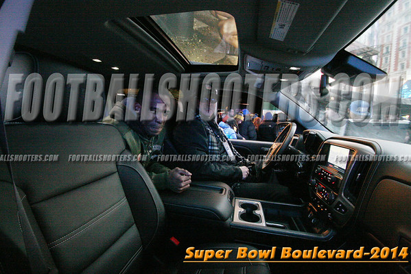 00000462_NYC-SUPERBOWL-BLVD_2014