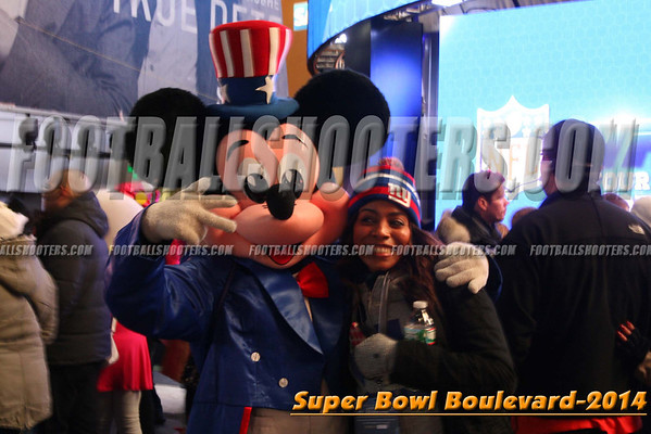 00000008_NYC-SUPERBOWL-BLVD_2014