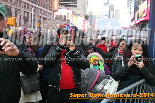 00000482_NYC-SUPERBOWL-BLVD_2014