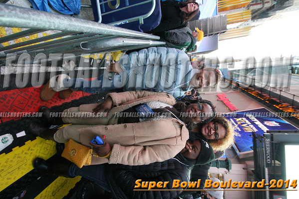 00000474_NYC-SUPERBOWL-BLVD_2014