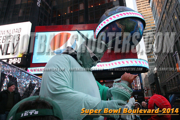 00000566_NYC-SUPERBOWL-BLVD_2014