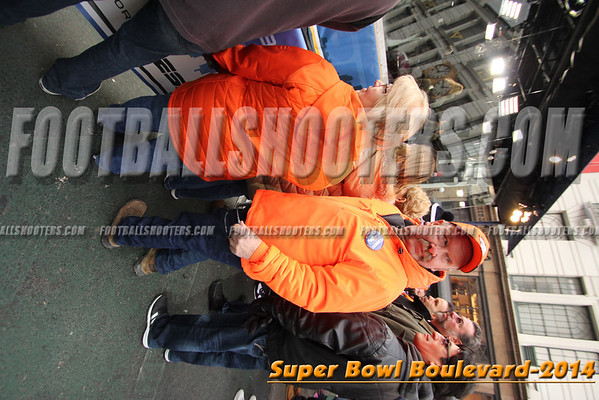 00001677_NYC-SUPERBOWL-BLVD_2014