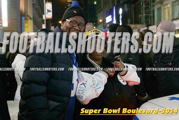 00000038_NYC-SUPERBOWL-BLVD_2014