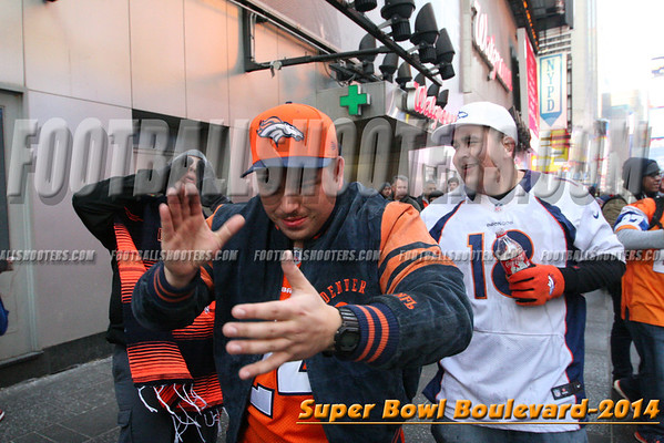 00000383_NYC-SUPERBOWL-BLVD_2014