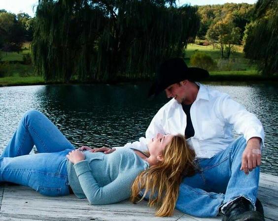 """Hope and Colby Ballinger <a href=""""http://www.acephotographytn.smugmug.com/"""">http://www.acephotographytn.smugmug.com/</a>"""