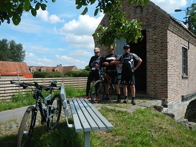 MTB toer - Bloso Broekbosroute in Berlare - Donkmeer 31-07-2015