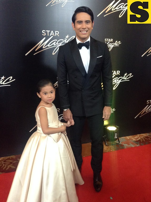 Gerald Anderson in Joey Espiritu with niece Lyra
