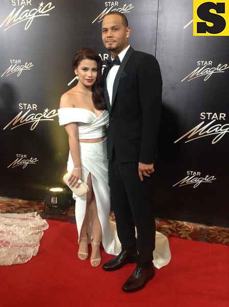 Denise Laurel with fiance Sol Mercado
