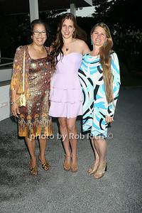 Elsie McCabe Thompson,, Leah Lane, Bonnie Comley photo  by Rob Rich © 2014 robwayne1@aol.com 516-676-3939