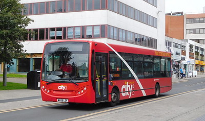 136 - WA08LDF - Plymouth (Mayflower St)