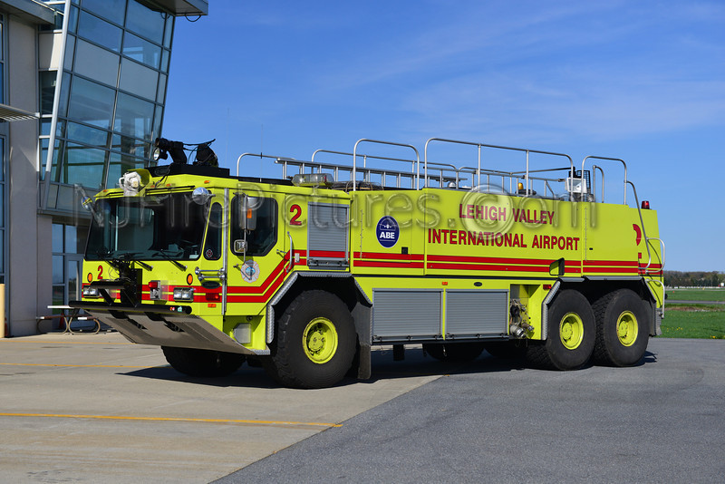 LEHIGH VALLEY INTERNATIONAL AIRPORT RESCUE 2 - 1999 E-ONE TITAN HPR 1250/3000/425F