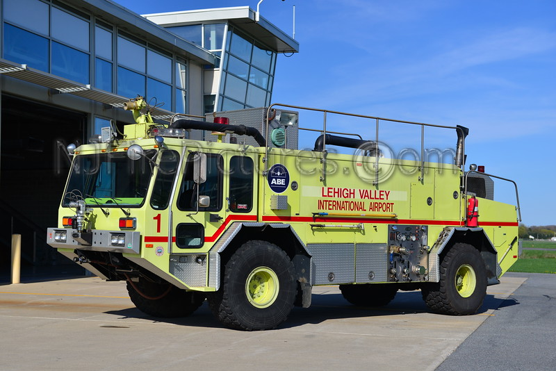 LEHIGH VALLEY INTERNATIONAL AIRPORT RESCUE 1 - 1988 E-ONE TITAN 1250/1500/125F