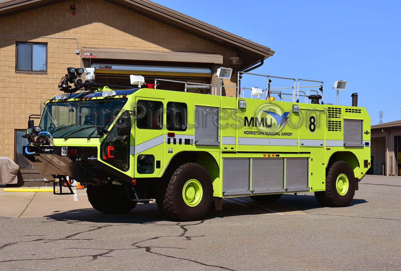 MORRISTOWN MUNICIPAL AIRPORT (NJ) RESCUE 8 - 2009 OSHKOSH STRIKER 2000/1500/220F/500PKP
