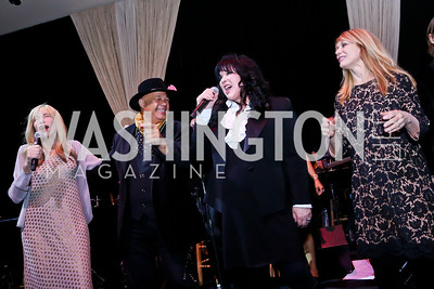 "Carly Simon, Narada Michael Walden, Ann Wilson, Nancy Wilson. Photo by Tony Powell. ASCAP's 100th Anniversary ""We Write the Songs."" Library of Congress. May 6, 2014"