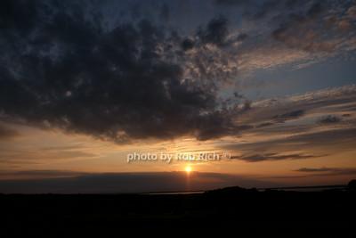 Bridgehampton sunset photo by Rob Rich/SocietyAllure.com © 2014 robwayne1@aol.com 516-676-3939