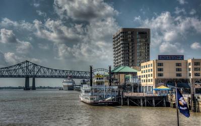 river-bridge-boats-1