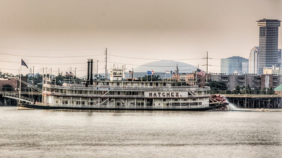 natchez-paddle-wheeler-3