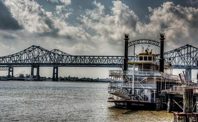 river-paddle-boat-bridge-1