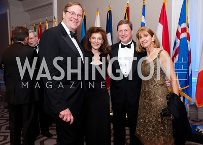 Frederick Kempe and Pamela Meyer pose with friends