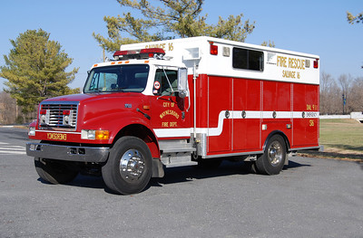 Salvage 16 operates as a HAZMAT unit, it is a 1995 International 4900/EVI that was also an ex-demo.