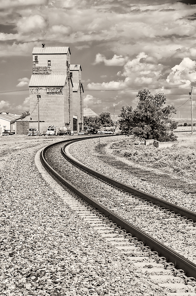 Rail tracks coming in to Sentinel Butte ND grain elevator.