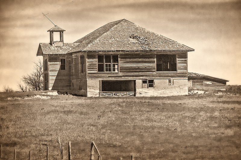 Carlyle Montana abadoned school house.