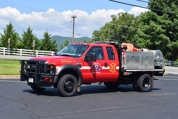 Brush 3 is a 2008 Ford F-450/Pierce, 250/300.