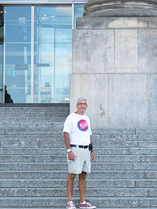 Richard on the steps of the Reichstag