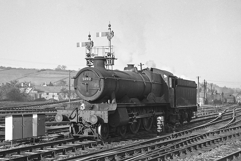 5992 Horton Hall, down light, Exeter St David's, December 21, 1963.