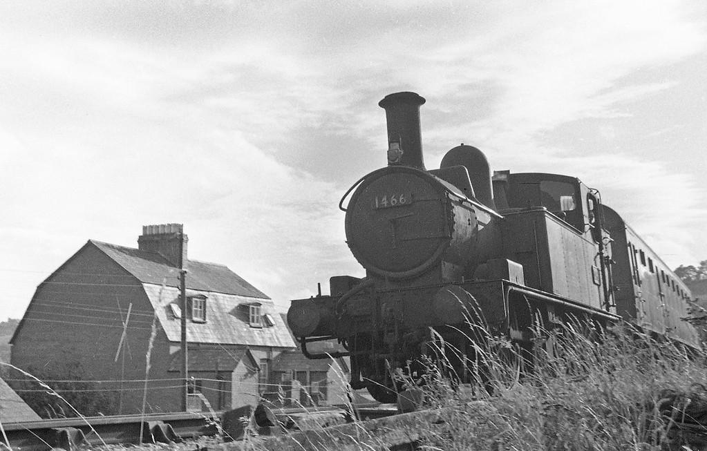 1466, Exeter St David's-Dulverton, approaching West Exe Halt, Tiverton, autumn, 1963.