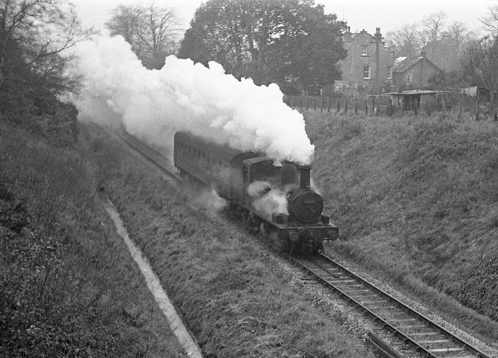 1450, Tiverton-Tiverton Junction branch service, Tidcombe, Tiverton, 1963.