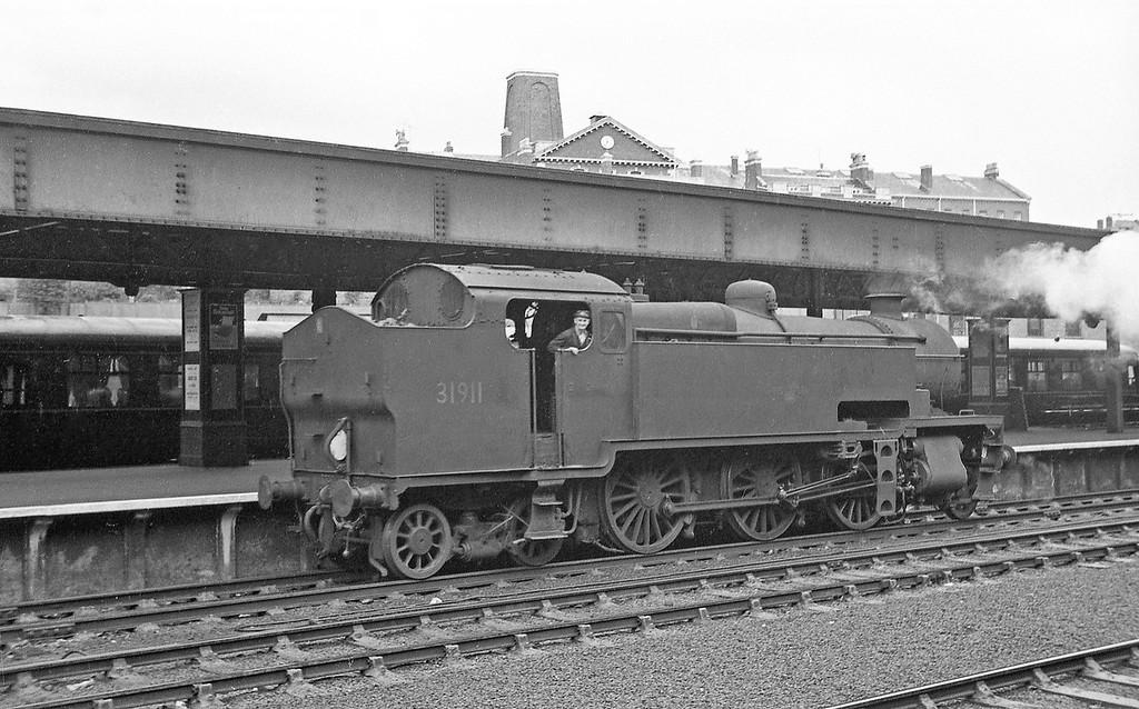 31911, duty banker, Exeter Central, 1963,