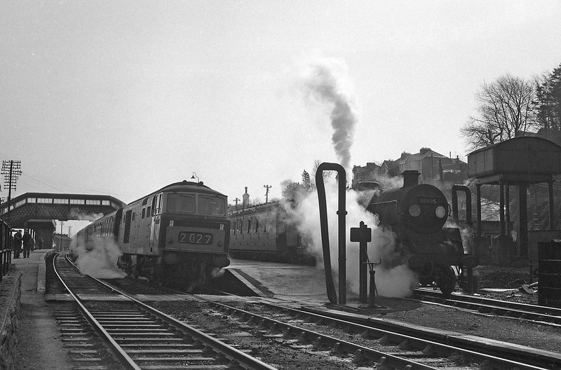D70XX, Exeter Central-Plymouth North Road, 80035 Okehampton-Bude, Okehampton Station, April 7, 1964.
