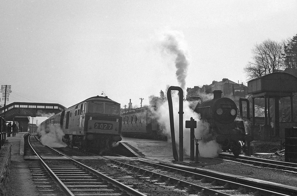 D70XX, Exeter Central-Plymouth North Road, 80035 Okehampton-Bude, Okehampton Station, April 7, 1964.